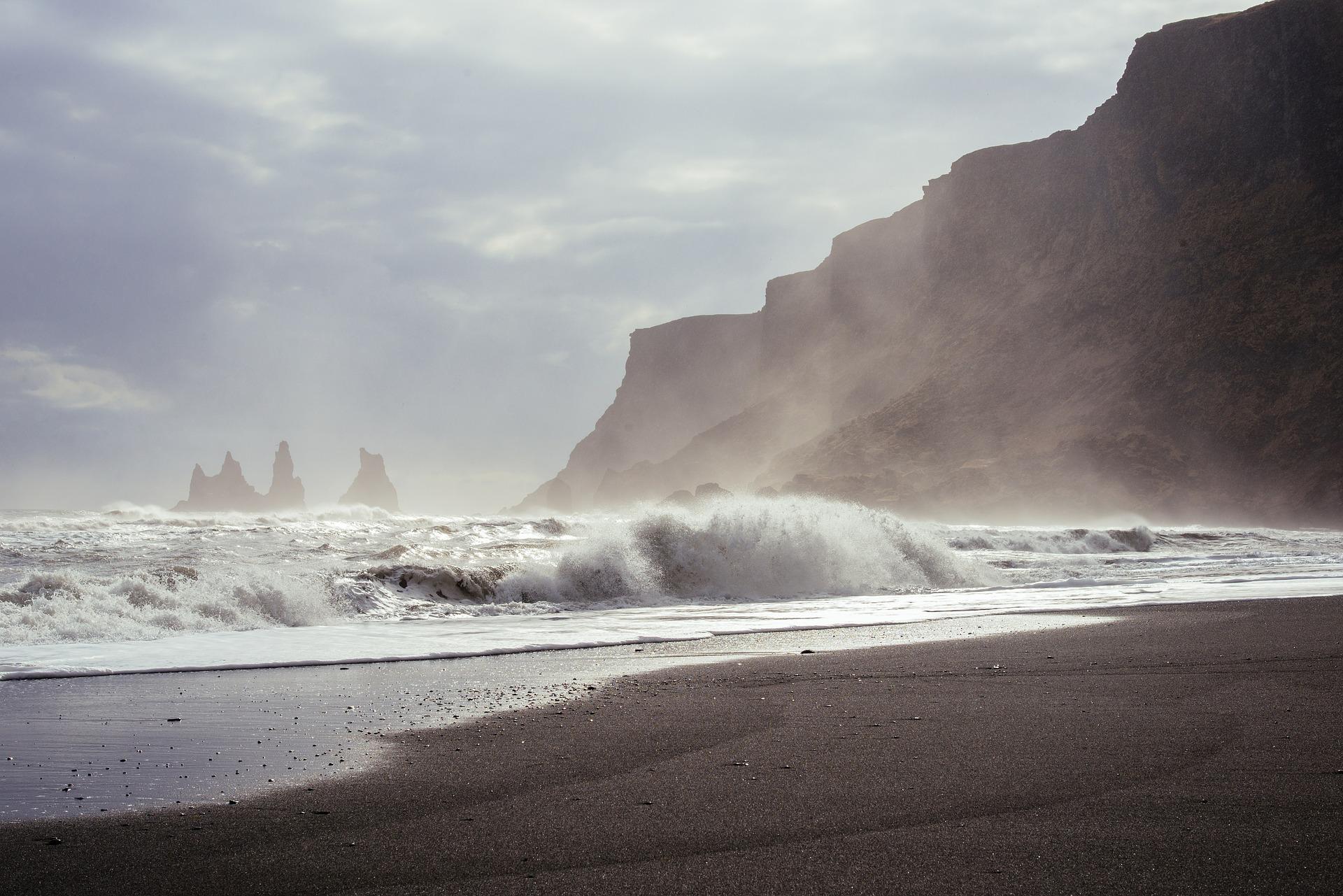suministro de energía electrica renovable en data Center con olas de mar